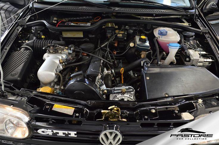 VW Gol GTI 2.0 1995 . Pastore Car Collection Raro Volkswagen Gol GTI 2.0 8V 1995/1995!Na cor Preto. Carro impecável, sem detalhes, tudo funcionando perfeitamente, veículo todo revisado! Para colecionadores! Motor 2.0 8V,1984 cm³, potência de111 cv (Líquidos) a 5250 rpm / 122 cv (Brutos) e torque de17 kgfm a 3000 rpm. A segunda geração, conhecido como Projeto AB9 e apelidado como
