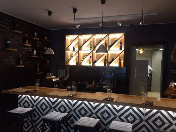 W lutym w Krakowie otworzyła sięEuskadi – restauracja z kuchnią baskijską. Szefem kuchni restauracji jest Damian Surowiec, który gastronomiczne doświadczenie zdobywał m.in. w Londynie, …