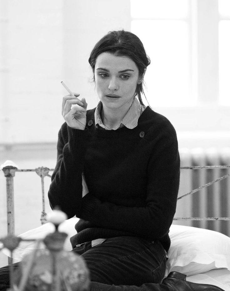 Rachel Weisz smoking