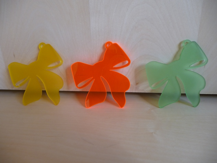 It seems they're dancing. Ribbons in new colors :), for welcoming autumn!    For more, visit www.facebook.com/isafrosty