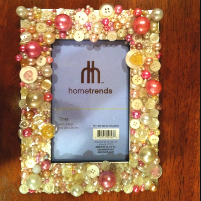 59 best images about pic frame ideas on pinterest for Handmade picture frame ideas