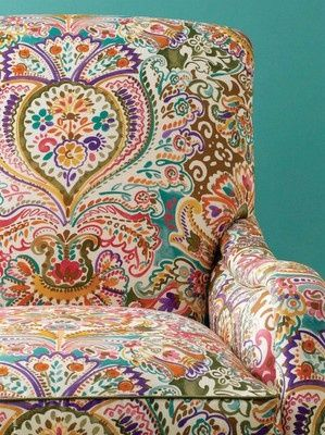 paisley: Accent Pieces, Living Rooms, Reading Chairs, Patterns Chairs, Fabrics, House, Sit Rooms, Accent Chairs, Colors Chairs