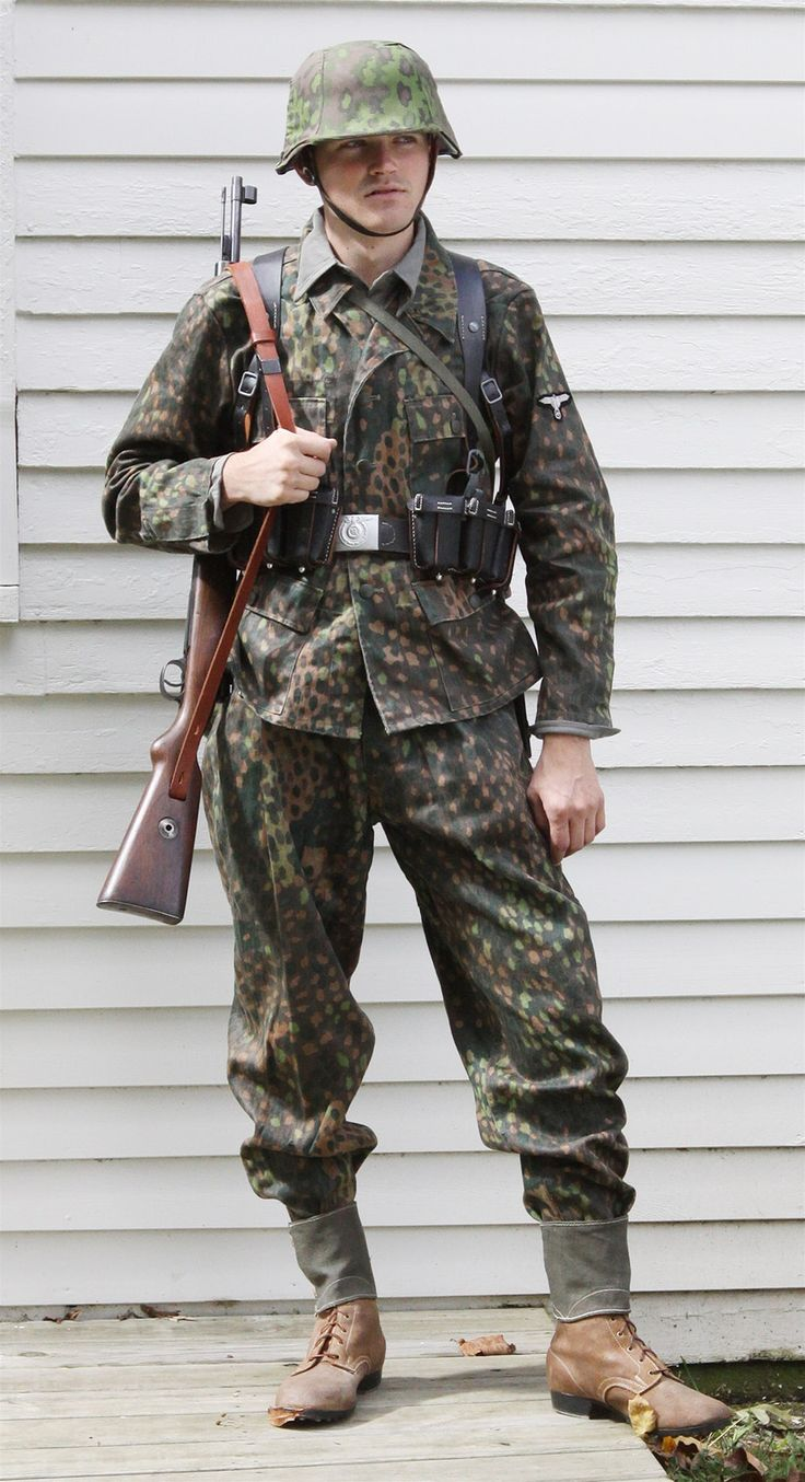 Day reenactment ww ii pictures pinterest - Waffen Ss In 44 Dot Camo