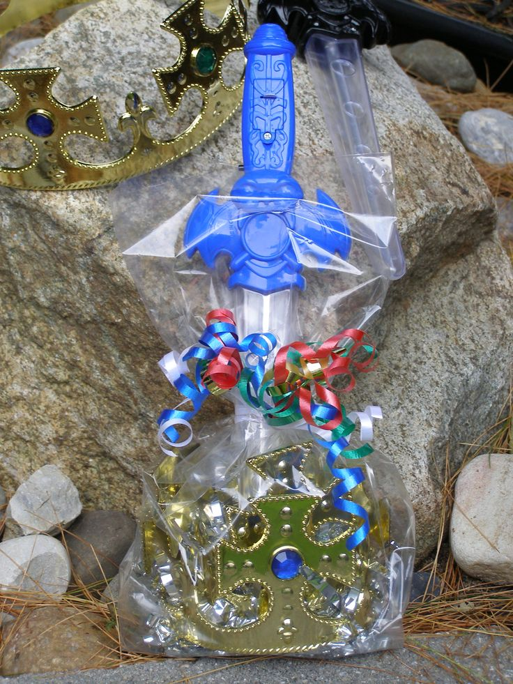 Best Selling Boys Party Favor. Flashing Light Up Sword and Crown. Now On Sale. #partyfavor #boysfavors