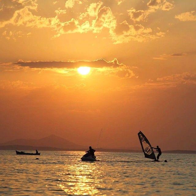 #AgiosGeorgios #beach #Naxos #windsurf #sunset #summer Photo credits: @flisvos_watersports1974
