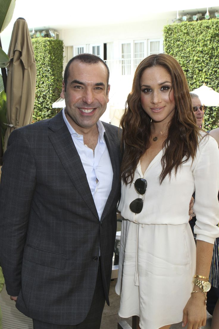 USA NETWORKS EVENTS -- 'NBCUniversal Press Tour August 2011 USA Network Breakfast and BTS E - Rotation at the Beverly Hills Hilton Hotel' -- Pictured: (l-r) Rick Hoffman, Meghan Markle (Photo by Evans Vestal Ward/NBC/NBCU Photo Bank via Getty Images) via @AOL_Lifestyle Read more: https://www.aol.com/article/lifestyle/2017/02/28/meghan-markle-style-transformation/21860612/?a_dgi=aolshare_pinterest#fullscreen