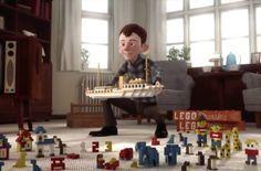Je vous invite à découvrir un magnifique film d'animation qui retrace l'histoire de Lego. Je vois plusieurs raisons pour le visionner en famille. Outre l'aspect culturel sur la naissance d'une marque mondialement connue, cela permettra en effet d'aborder les sujets suivants avec les enfants : l'échec et la réussite la persévérance dans la poursuite des rêves …