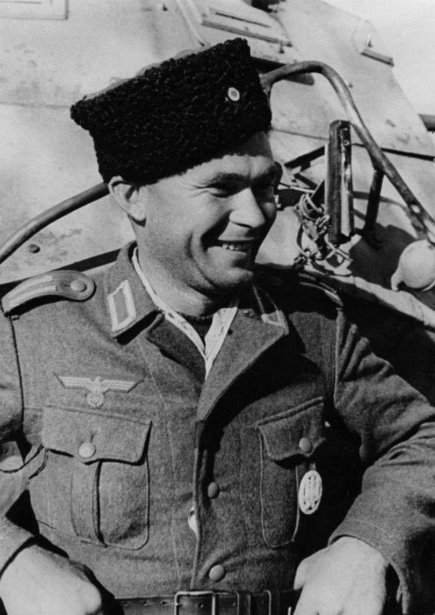 Osttruppen, ROA, Hiwis, les volontaires russes de la Wehrmacht, pin by Paolo Marzioli