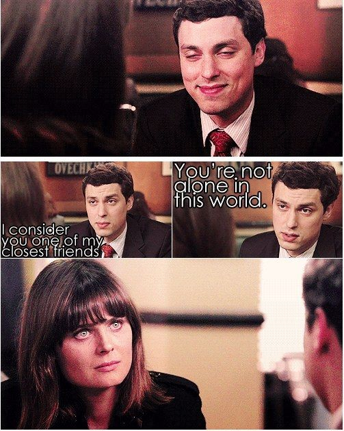 "When he comforted Brennan. | Community Post: 23 Times Dr. Lance Sweets Was The Best Character On ""Bones"""