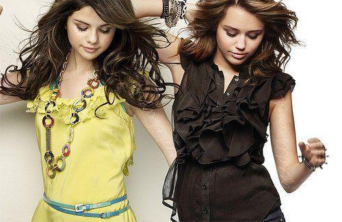 selena gomez and miley cyrus    Miley VS Selena [Better Looking Down] - Miley Cyrus vs. Selena Gomez ...