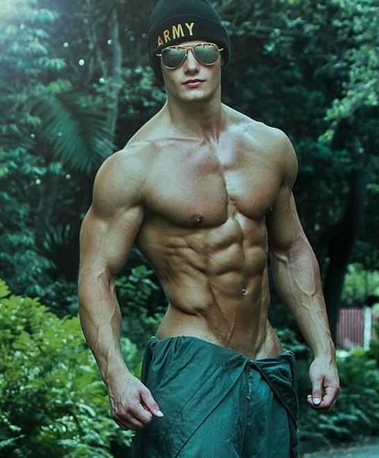 Male Fitness Models Remarkable stories. Daily