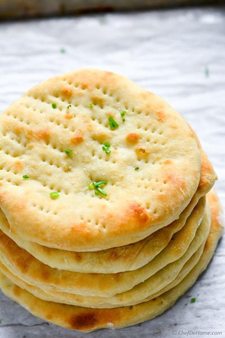 Oven Baked quick and Easy Naan Bread at home | chefdehome.com