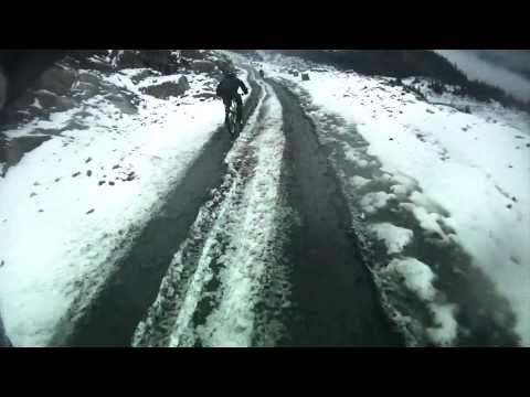 Epic downhill mountain bike race - Red Bull 5000 Down