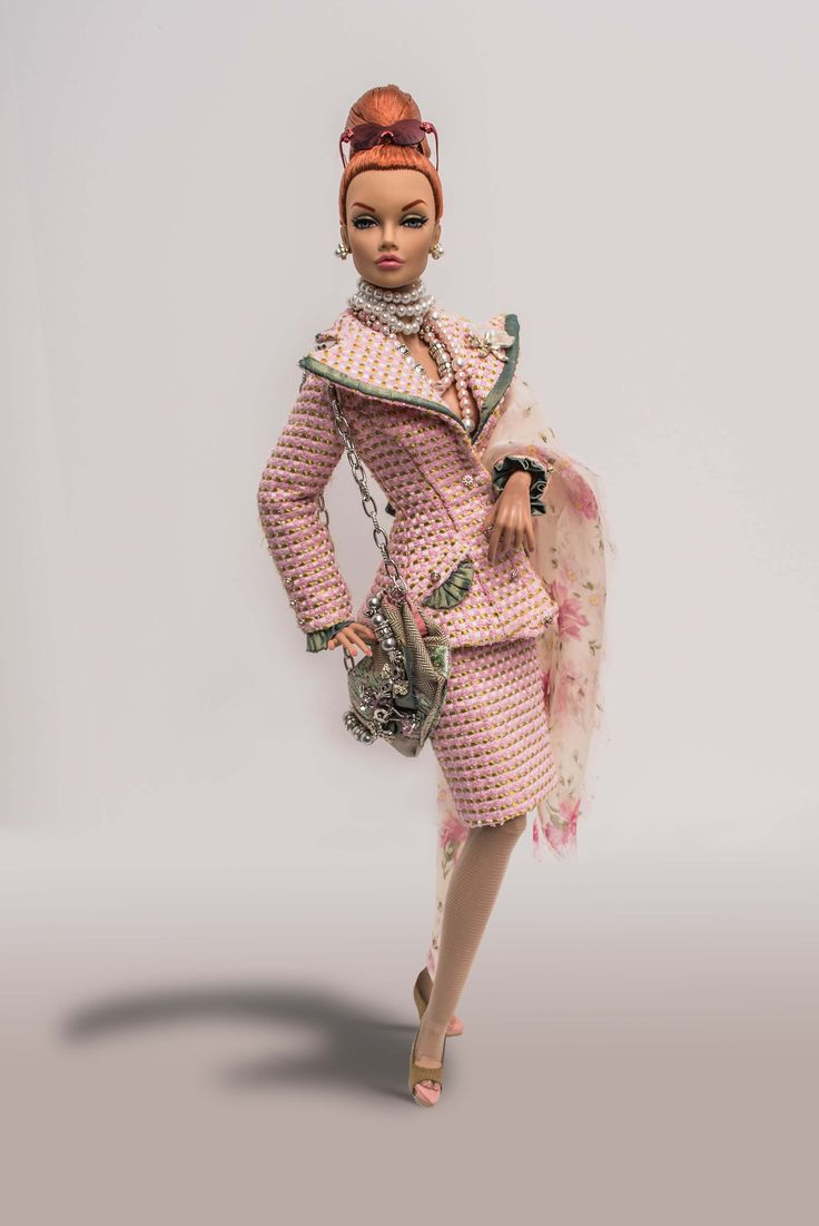 16inch Poppy Parker by Integrity Toys; Montaigne Suit, scarf, handbag by Tom Courtney; iBEAN Sunglasses and Acquired Wealth Chrome Orchid Brooch by Superdoll. Photo by Tom Courtney