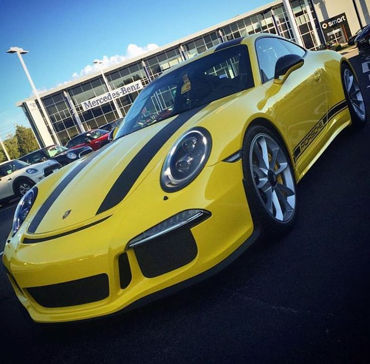 A brand new Racing Yellow 911 R has been delivered at Porsche of Warwick in Rhode Island. No info on chassis number, but I have been informed it is matching with the chassis number of the owner's Racing Yellow 918 Weissach. Thoughts on this build? 📸: @chasewhatmatrs | Follow @club911r for the latest on the newest Porsche 911 R's. Club911R is the first and most complete registry of Porsche 911 R's. If you have any info on a 911 R, please contact via DM. Online registry to launch soon.