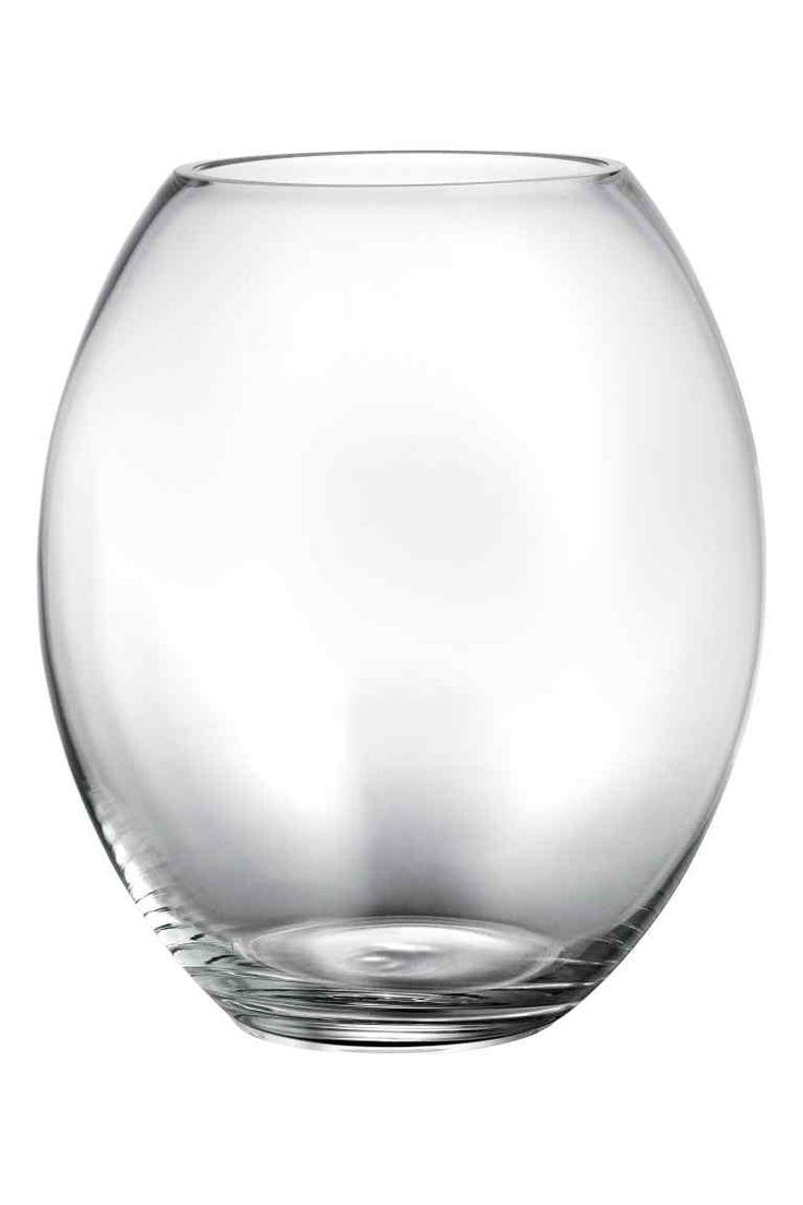 1000 ideas about large glass vase on pinterest big vases floral arrangements and magnolias. Black Bedroom Furniture Sets. Home Design Ideas