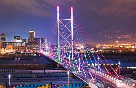 Discover the bustling and energetic city Johannesburg as you visit some of the city's oldest landmarks to the newer fresher Newtown Cultural Precinct. Book a half day guided tour and discover Jozi today.