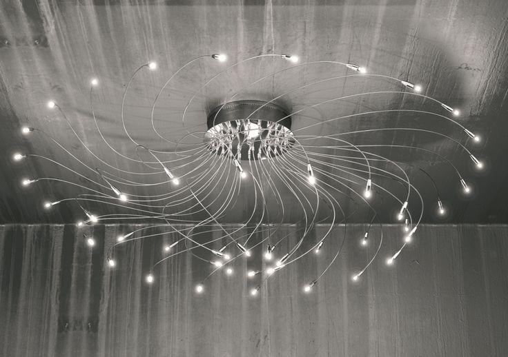 lampadario led : un bellissimo lampadario a spirale che termina con led a luce bianca