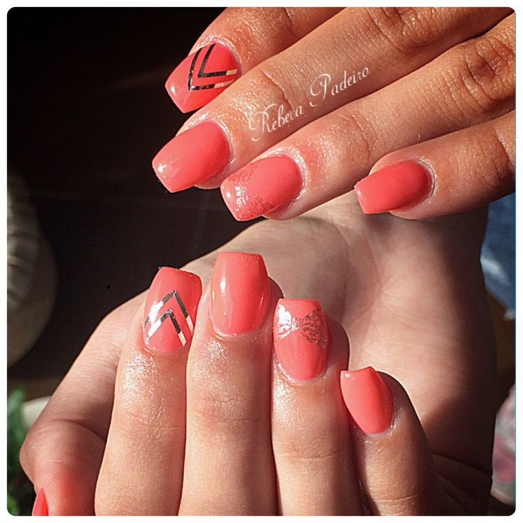 Acrylic Nails Salmon Bow