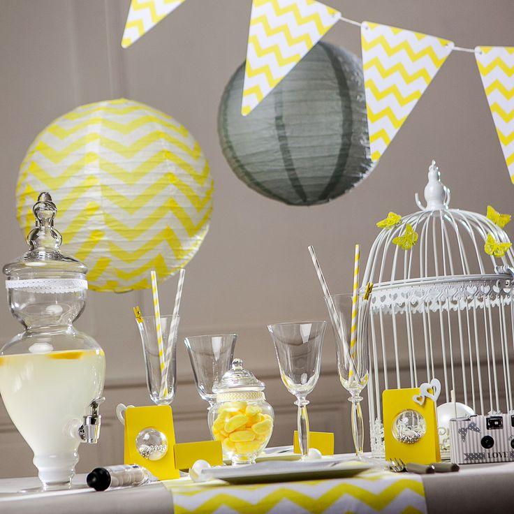 Une déco table jaune et grise, pour votre fête, toute en harmonie. Au rendez-vous : des motifs chevrons, grande tendance déco 2015.