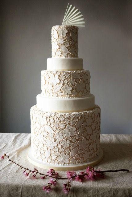 BeautifulLace Weddings, White Cake, Floral Prints, Vintage Wedding, Cake Wedding, Charms Cities Cake, Lace Cake, Lace Wedding Cakes, Weddingcake