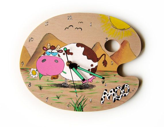 Wall Clock - Kids Clock - Cow hand painting clock - Wooden painting pallet - Kids Bedroom - Baby Nursery decor- Little Boy - Little Girl.