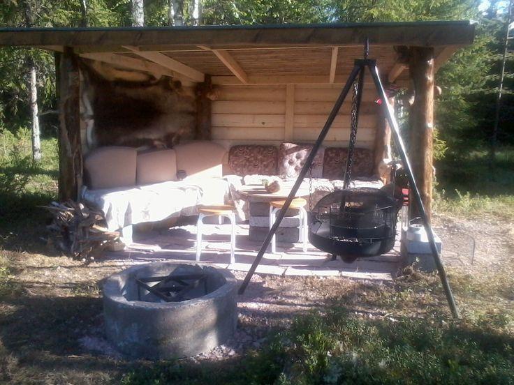 #Gapahuk#. Slik ble gapahuken på hytta vår etter ideer på tavla hytta.