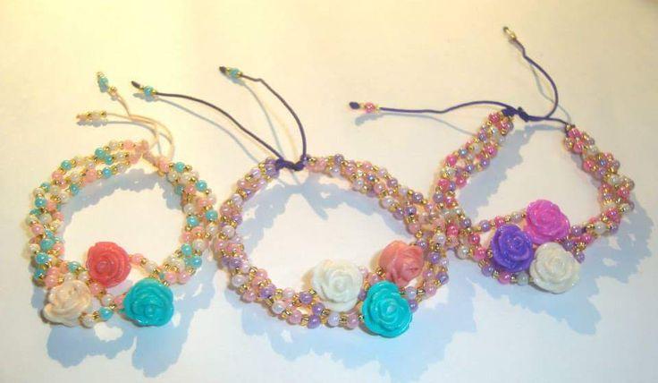 Pulsera Flores y perlas