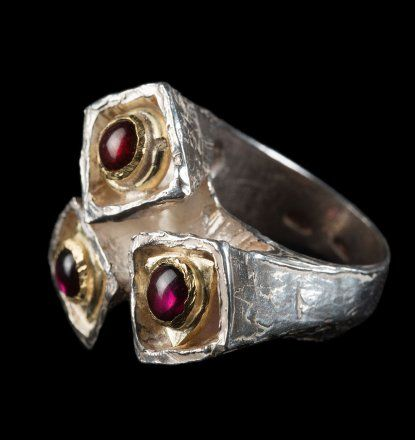 Modern gold and silver ring