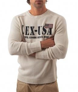 Lexington Flag Sweater Snow White  1695:-  http://www.butikgenuin.se/varumarken/lexington/herr-lexington-klder/lexington-flag-sweater-snow-white