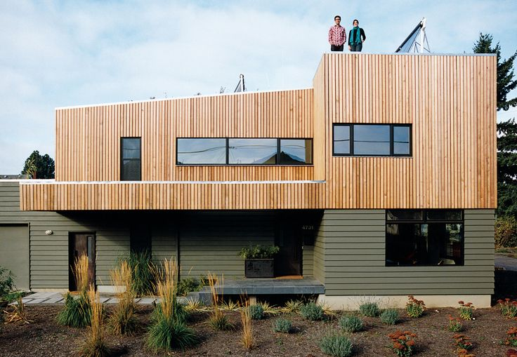 Even before construction was complete, the Stump House was turning heads. When its green-minded future owners learned of its shining environmental résumé, they knew they'd found a place to call home.