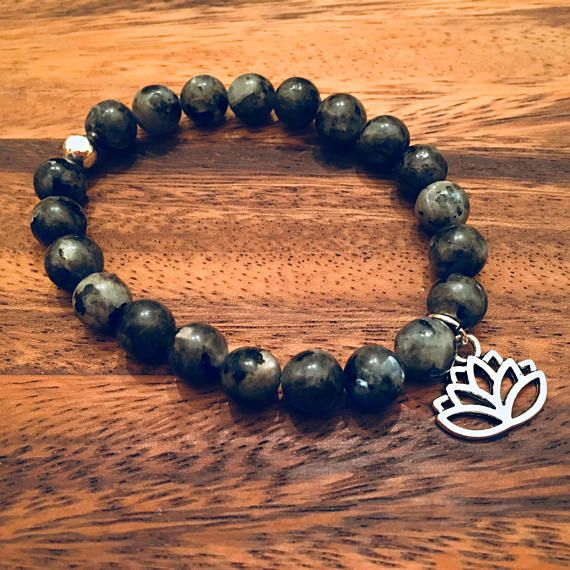 Labradorite with Lotus Flower Beaded Bracelet / Bead Bracelets