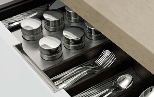 POLIFORM|VARENNA_Drawer with silverware tray in wenge and steel and tray for spice containers in steel.