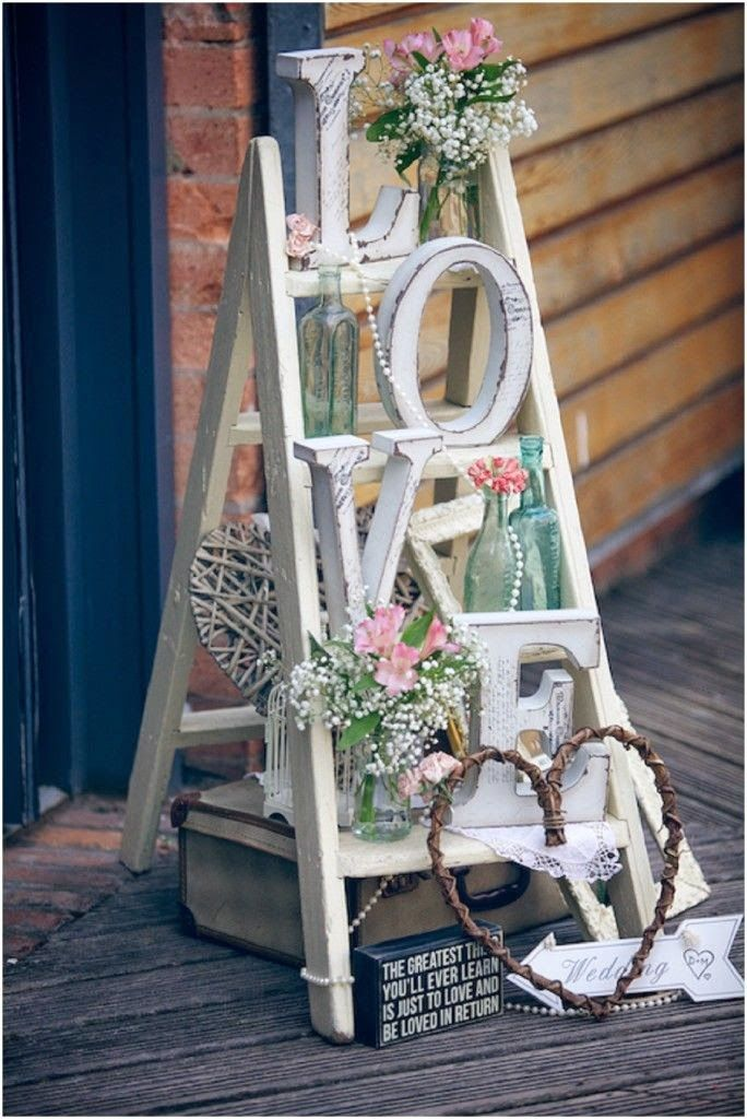 A Pastel Pretty Paintworks Real Wedding With Gorgeous Gold Shoes And Styling By The Little Helper