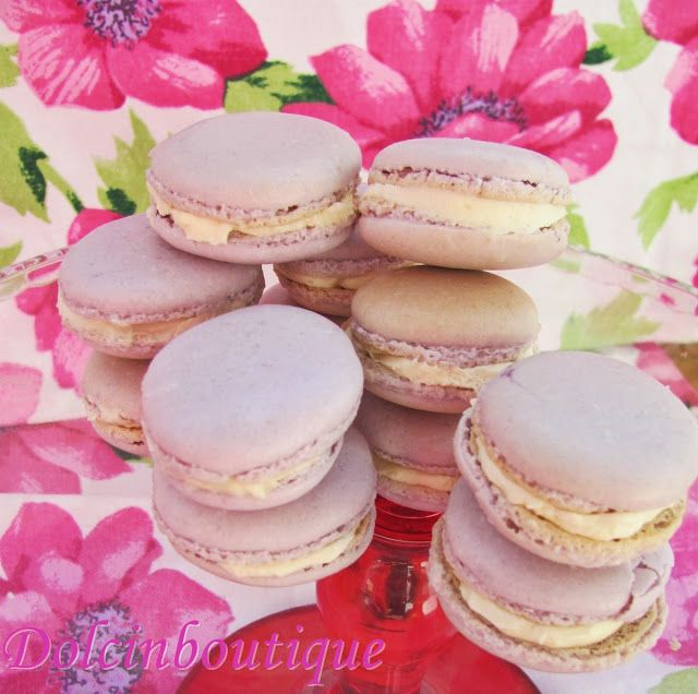 Macarons con ganache montata al cioccolato bianco………eh si ci ho provato anche io :) | Dolci in Boutique