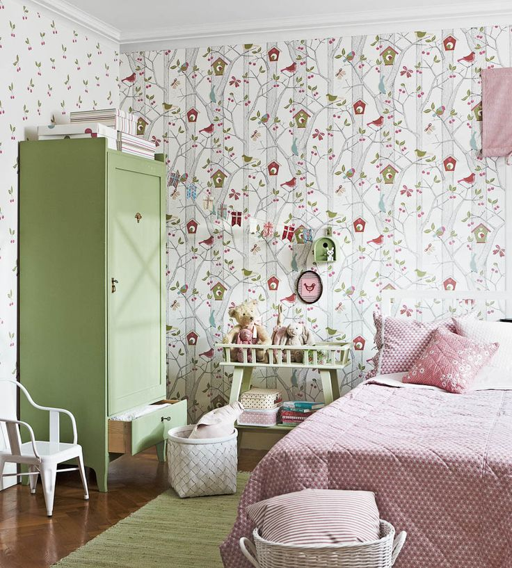 Lilleby One Wallpaper by Borastapeter | Jane Clayton