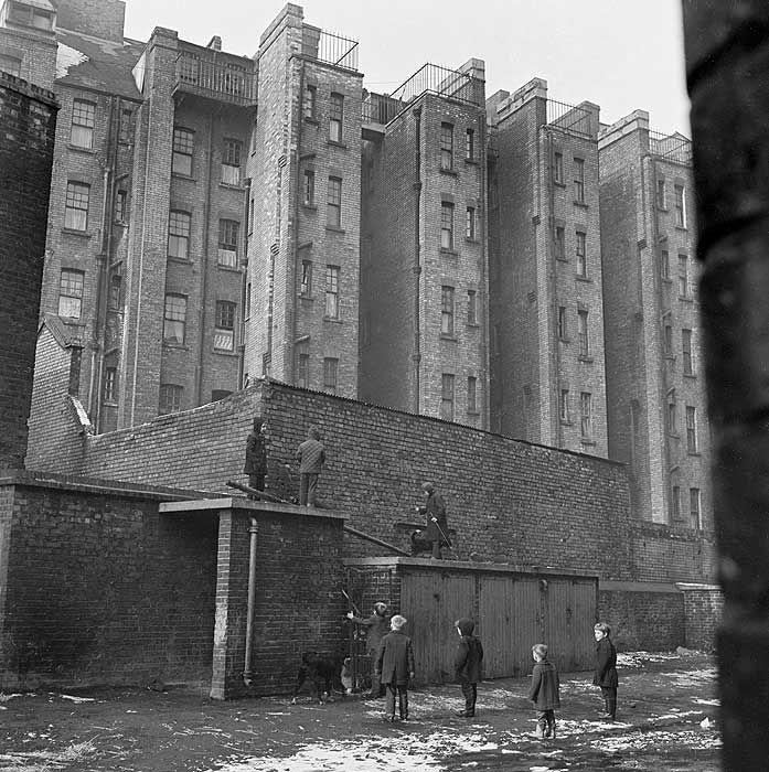 Islington adjacent to Beaconsfield Buildings, c.1960-5