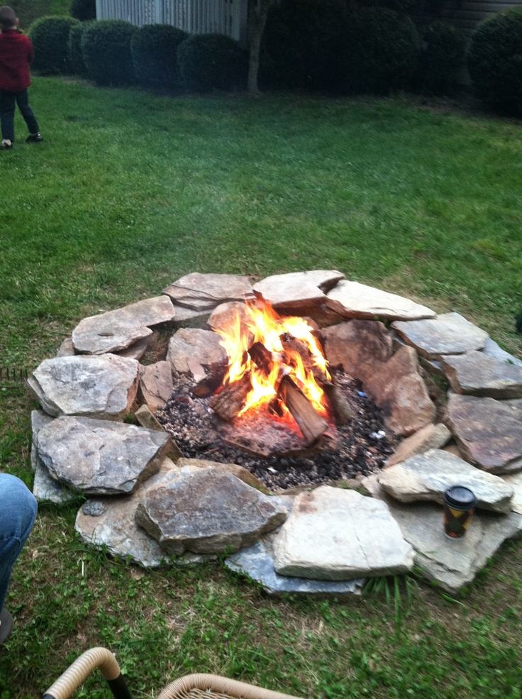 how to build a fire pit out of rocks