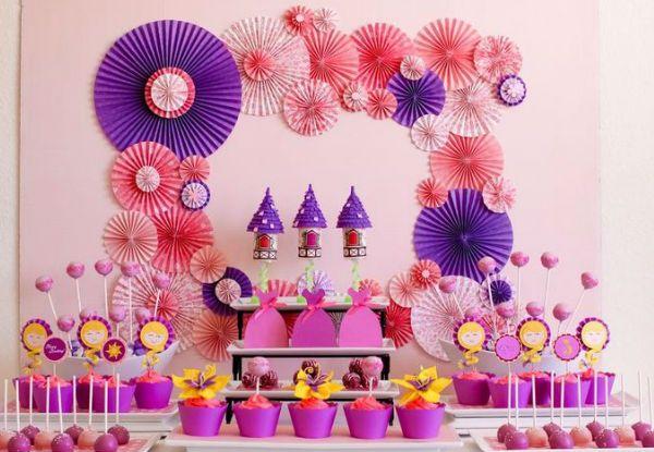 40 ideias para fazer uma festa Rapunzel!