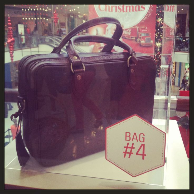 Our fourth bag is a classic from Rodd & Gunn is for the more discerning gentleman. The man with everything will happily un-wrap this gorgeous gift on Christmas day. It's in the bag at #westfieldstlukes