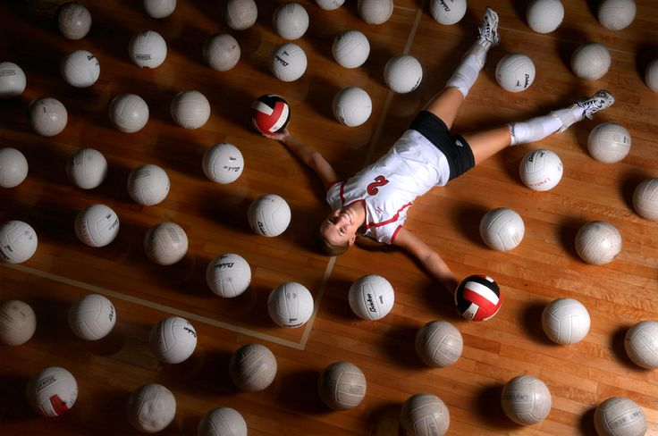 Google Image Result for http://nickkrug.com/wp-content/uploads/2009/01/volleyball_bracciano.jpg