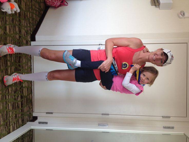 Fit Family Feature #62 (Jenny) Interview with Jenny, a mother who works full time, runs ultra-marathons including a 50 miler and does triathlons including a half-Ironman! Read how she does it here.
