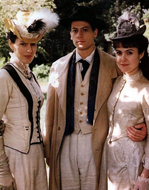 'The Forsyte Saga' (2002). Costume design by Phoebe De Gaye.