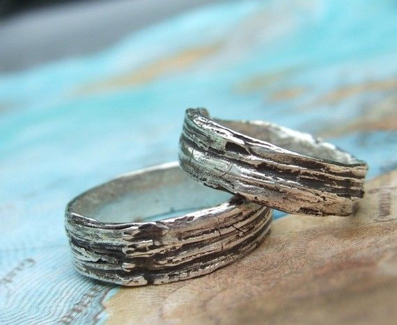 custom wedding rings personalized wedding jewelry his and her matching bands eco friendly bark wood grain 4 5 6 7 8 9 10 11 12 13 14 15