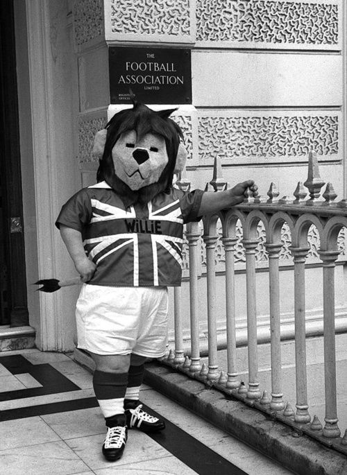 The English World Cup mascot 'World Cup Willie' pictured outside the Football Association's headquarters, 1966.