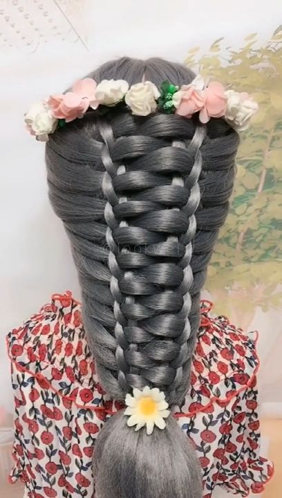 Beautiful hairstyle, you need to have it