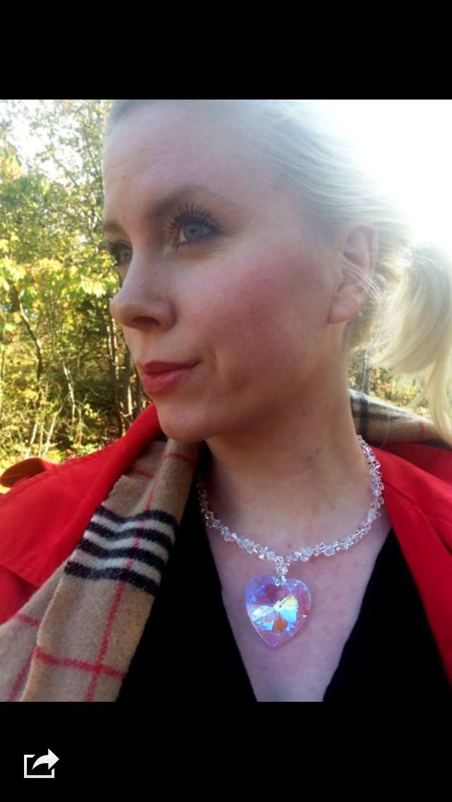 """""""Med hjerte i halsen """" - smykket. Design Hvitveis for Rom for Sjelen"""
