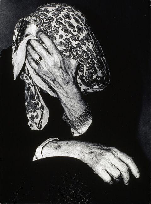 Mario Giacomelli, Verrà la morte e avrà i tuoi occhi, 1955-1966. © Archivo Mario Giacomelli, Collection Maison Européenne de la Photographie, Paris.