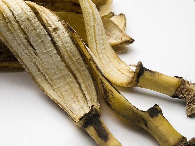 Quitar el acné en 4 dias con cáscaras de bananas