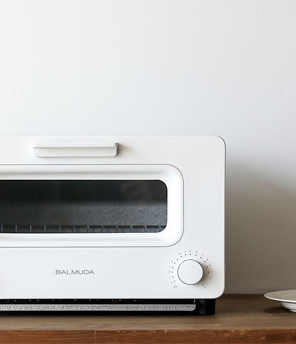 http://www.kitchenstyleideas.com/category/Toaster/ lemanoosh: http://www.balmuda.com/jp/toaster/